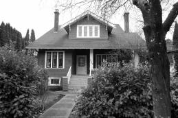 45614 Spadina Ave. The Carmichael House( 2)1911